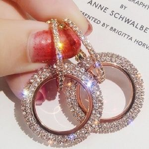 Jewelry - Rose gold flicker and sparkle earrings
